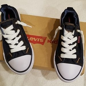 Girls Levi's shoes